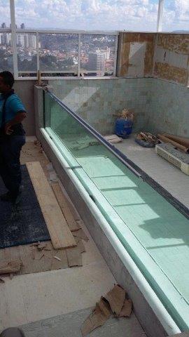 Içamento de vidro de piscina